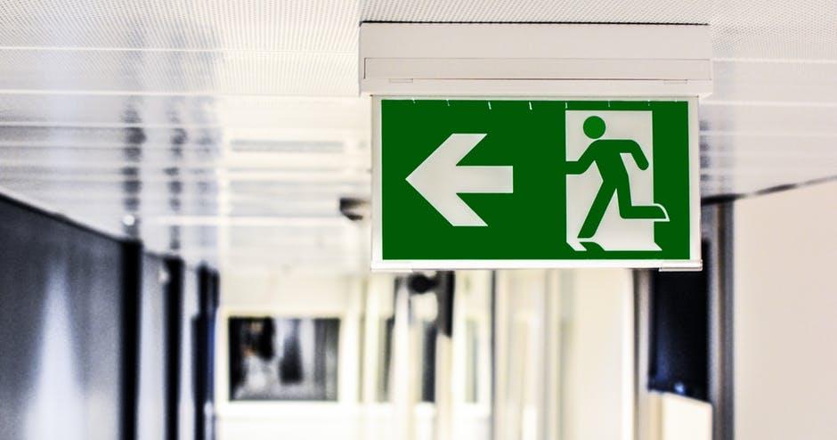 Seguridad y prevención con los carteles de señalización